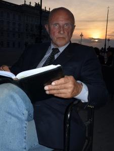 Alfred, Piazza Unita1